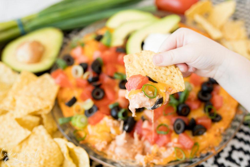 creamy salsa chip dip