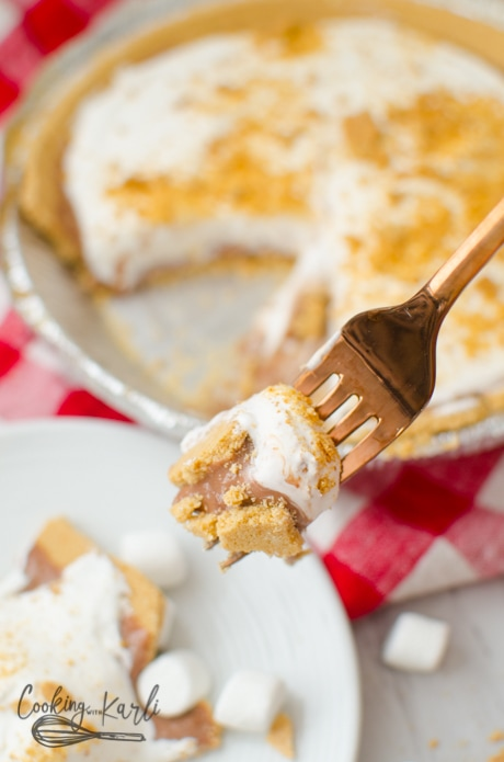 S'mores pie combines graham crackers, cocolate and marshmallow in this gooey frozen pie.