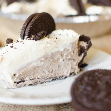 Oreo Pie is a No Bake Pie that embodies everything Cookies and Cream. From the classic speckled grey filling to the Oreo cookie crust. This pie will not disappoint!