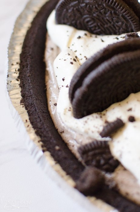 Oreo pie is full of cookies and cream flavor.
