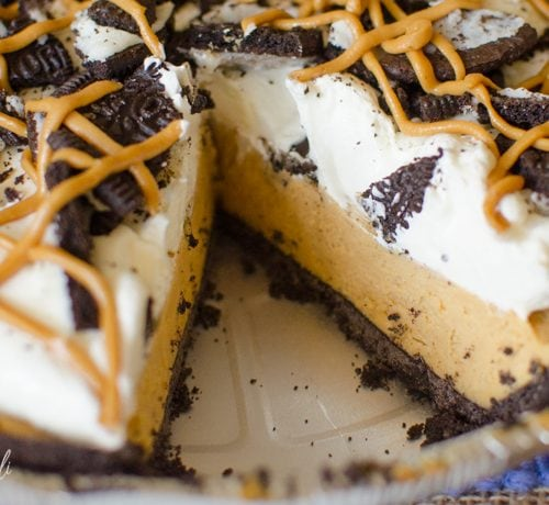 no bake chocolate peanut butter pie is the perfect quick dessert.