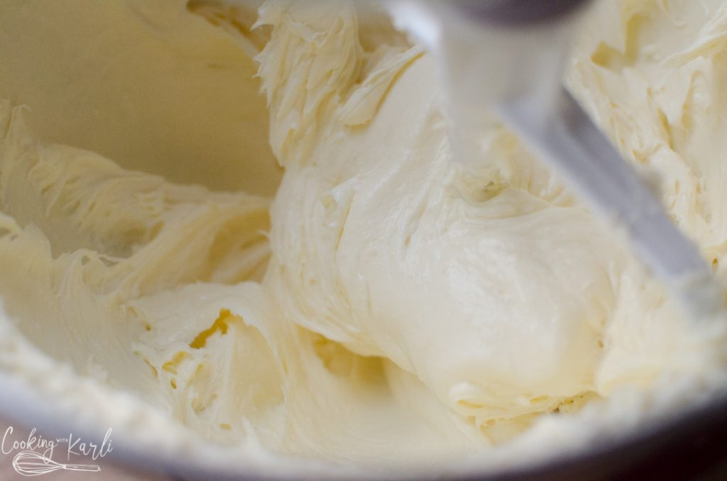 cream cheese and pudding mix