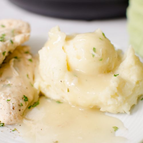 Instant Pot Chicken and Mashed Potatoes with Gravy