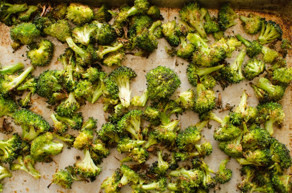 finished oven roasted broccoli