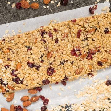 cranberry almond granola bars cut