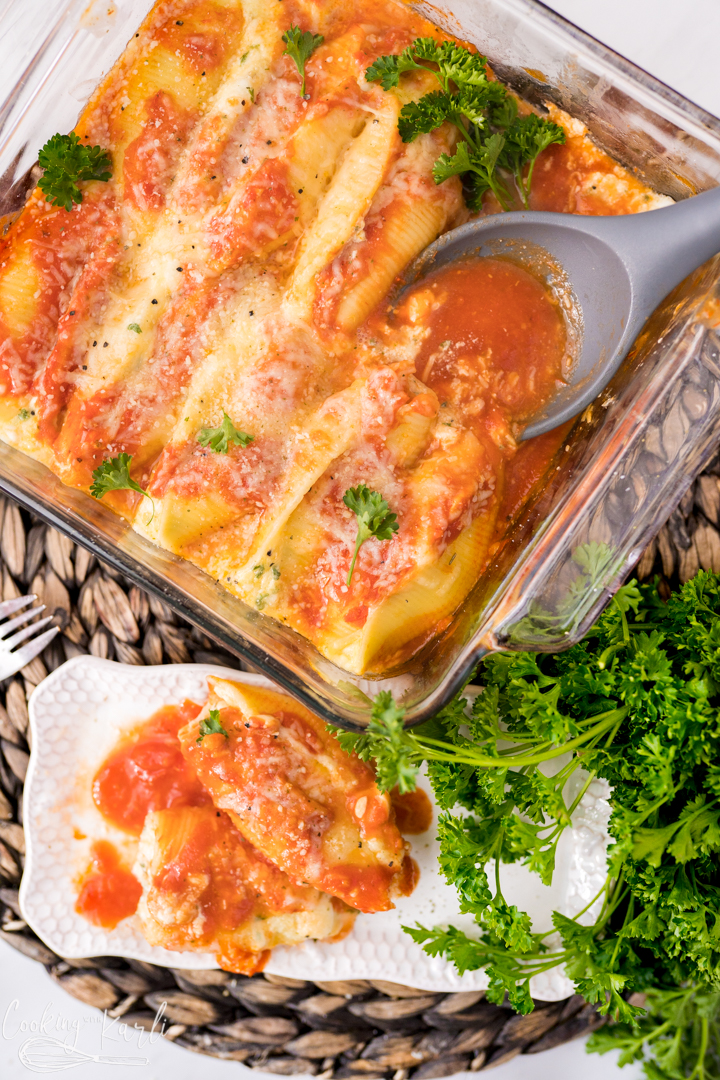 Easy Stuffed Shells recipe, final shot.