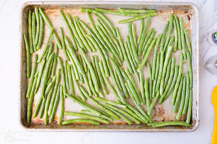roasting green beans in the oven