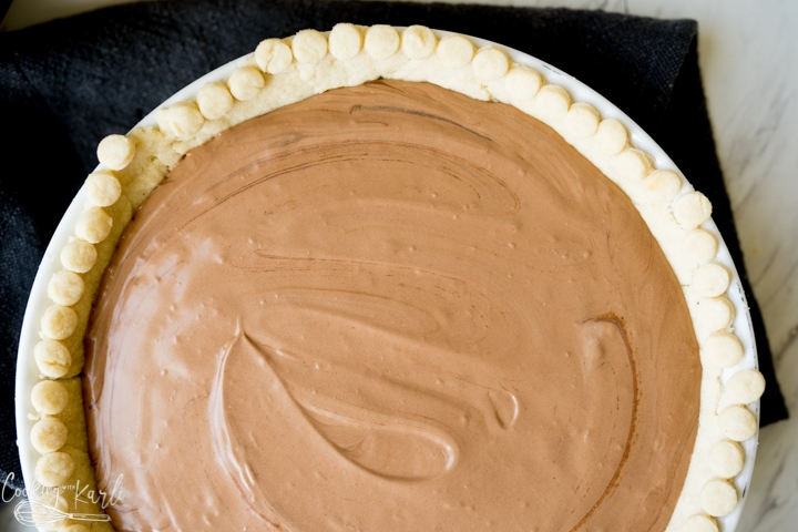 chocolate pie mixture in the pie crust