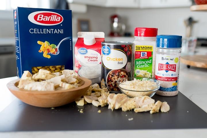 ingredients needed for Chicken Alfredo bake