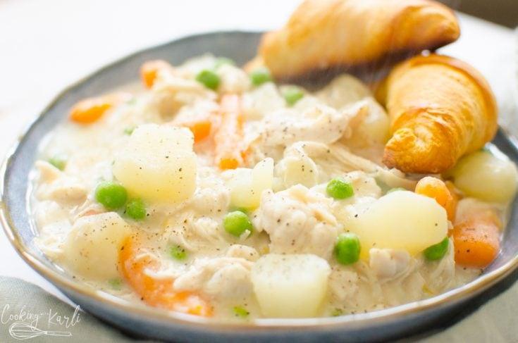 chicken-pot-pie-CookingWithKarli