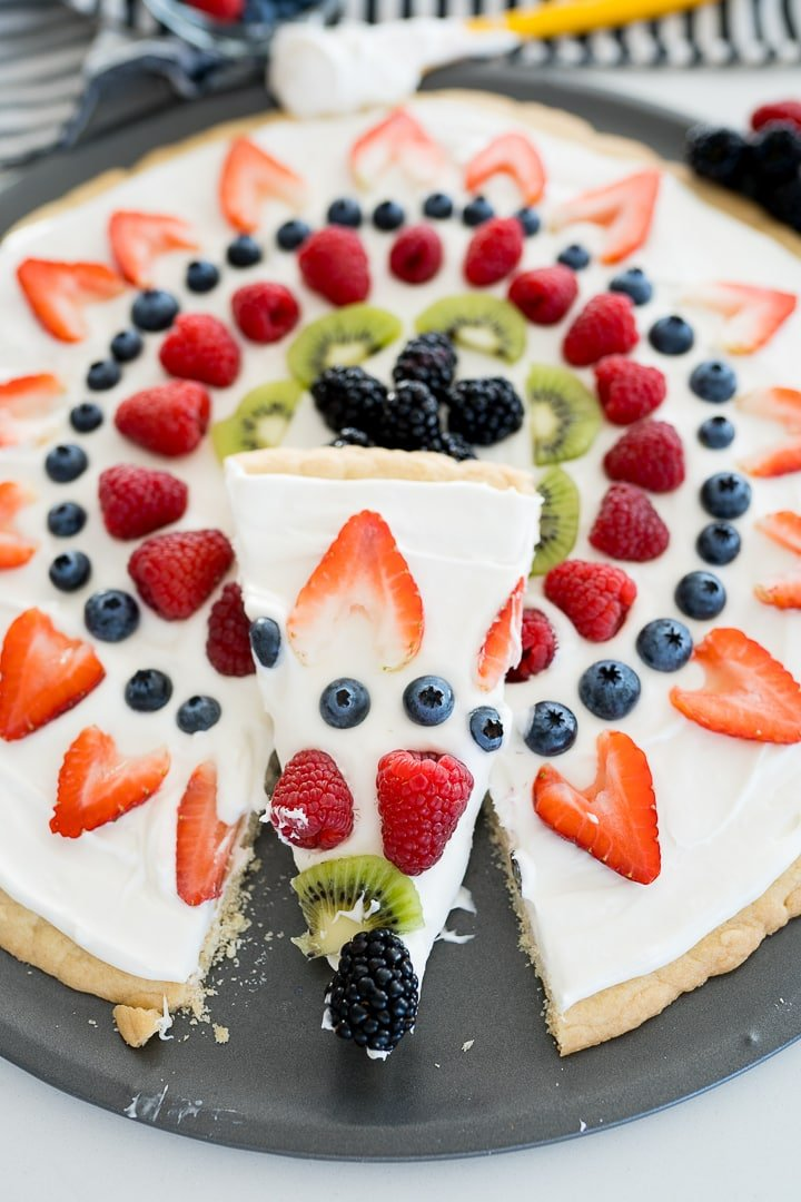 fruit pizza final photo