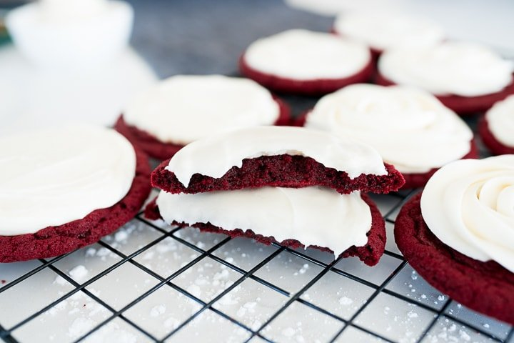 red velvet cookies with cream cheese frosting