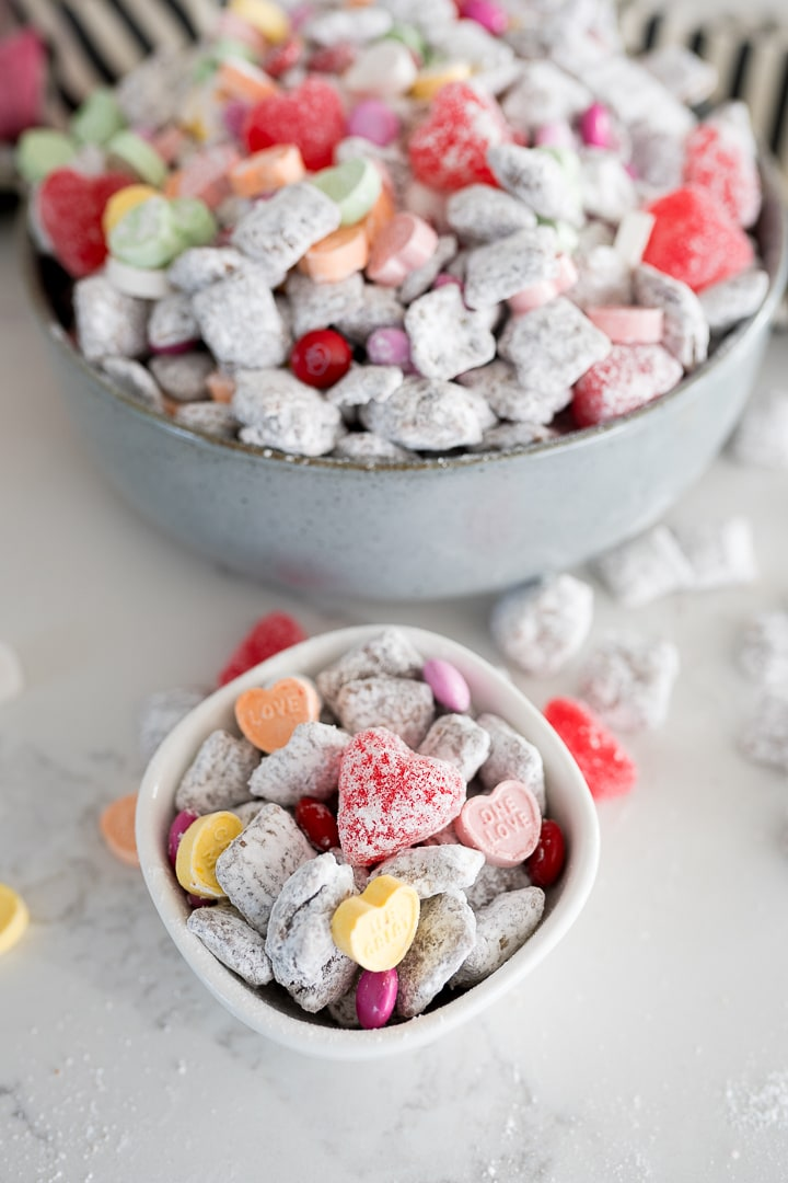 muddy buddies with valentines candy