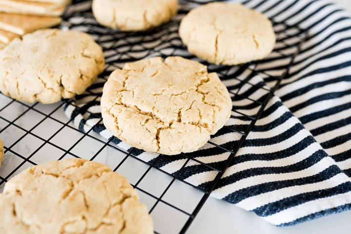 graham cracker cookies baked, and cooling on a wire rack.